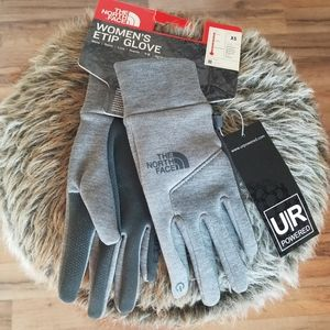 The North Face Gloves. Gray. XS